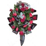 Krzyż z kwiatów 2