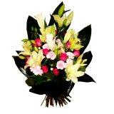 Wiązanka pogrzebowa z liliami